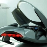 audi-shark-das-ist-ein-konzept-für-ein-schönes-graues-fliegendes-auto-mit-roten-scheinwerfern